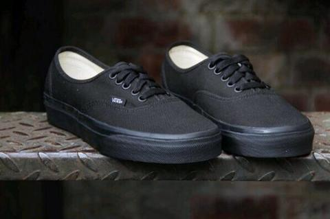 WTB: VANS AUTHENTIC FULL BLACK ORIGINAL
