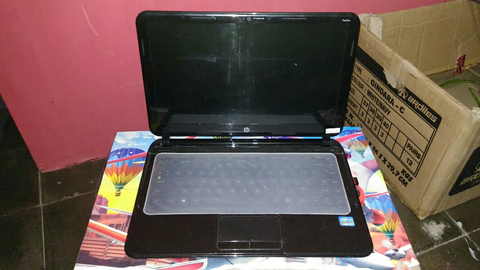 Laptop HP Pavilion Sleekbook 14-b009TU
