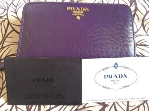 Terjual DOMPET PRADA 100% AUTHENTIC  e109584756