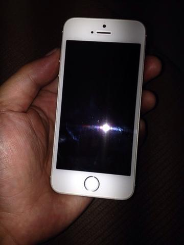 iphone 5s 16gb lock icloud only 900rb