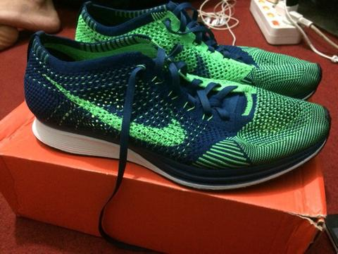 Jual Flyknit Racer Poison Green 1.5jt Size 10/44 mint condition