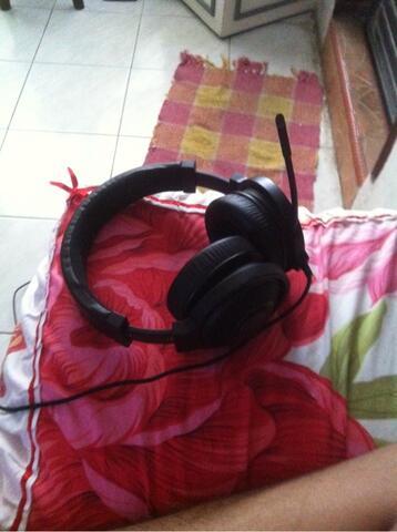 WTS HEADSEt/headphone razer kraken 7.1