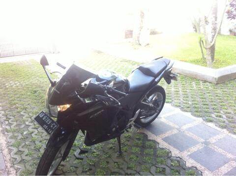 JUAL CBR 250 YOGYAKARTA bukan r25 mono ninja