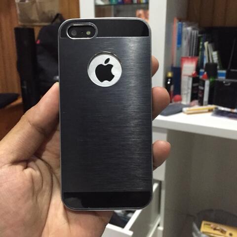 Terjual iphone 5 5s case second (udh ganti hp soalnya)  81c01277e6