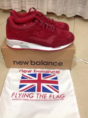 BNIB Original NEW BALANCE NB1500 Red Size 9US or 42,5 Made In England