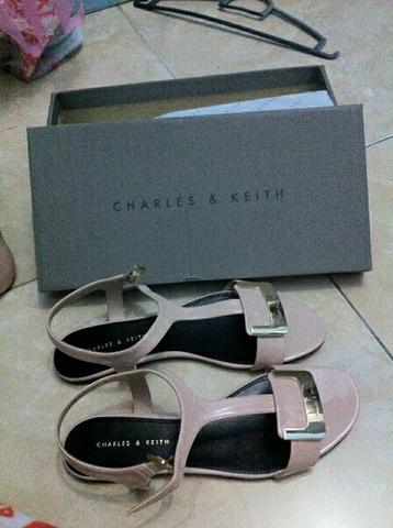 Charles & Keith Original di jamin !!!
