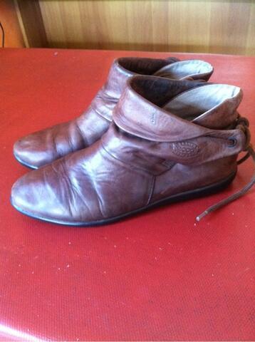 Original Ecco Genuine Leather Ankle Boot