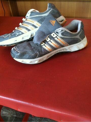Original Adidas Running Size 44