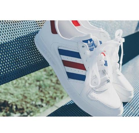WTB ADIDAS TENNIS COURT TOP WHITE FRANCE ukuran 44 2/3 atau 45