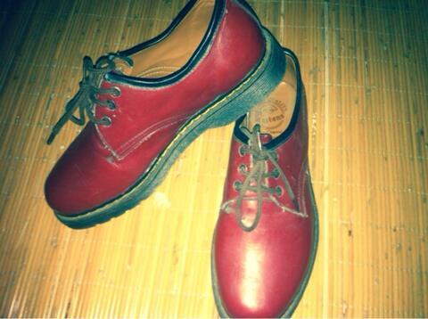 Docmart boots low made england original surabaya