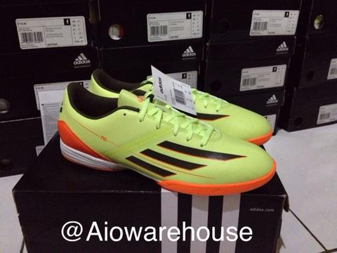 Sepatu Futsal Adidas F10 Original 100%...!!!