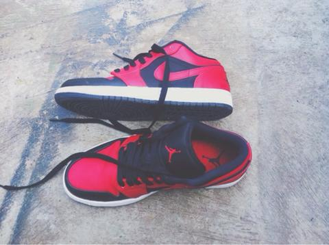 dijual nike air jordan 1blackred original.