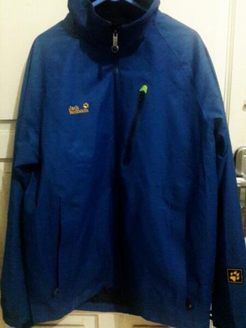 Terjual jaket jack wolfskin original (bukan ori cina)  f132348323