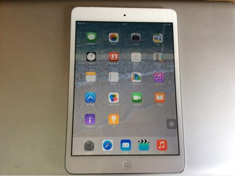 iPad Mini 1 Wifi + Cellular (3G) 16GB Mulus Rekber Monggo