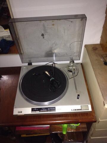 Jual Turntable Vintage Technics SLQX200 ! bonus piringan hitam dll!