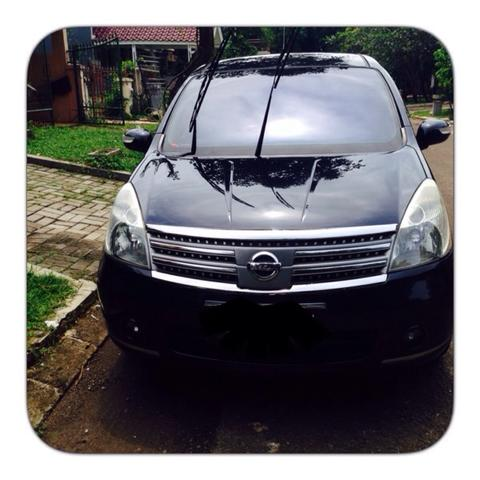 Dijual Nissan Grand Livina 2010 1.5 Ultimate AT