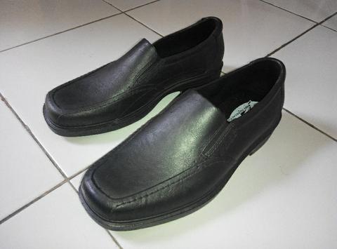 sepatu Karet Pantofel by ATT