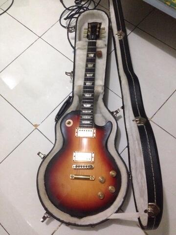 Gibson Les Paul Studio Fireburst Gold Hatdware