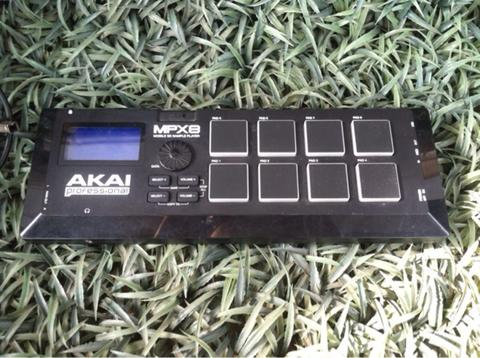 Akai Mpx8 Mobile SD Sampler Player