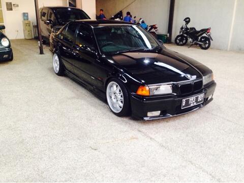 Bmw E36 323I Le M/T Black 1996