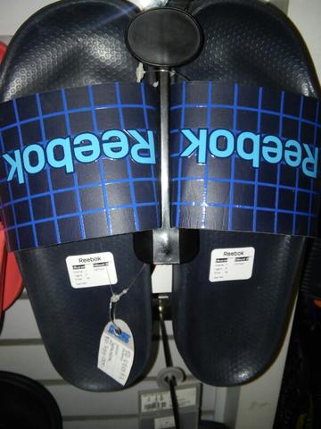 5dd6048b6c7fe Terjual sandal reebok original murah stok terbatas