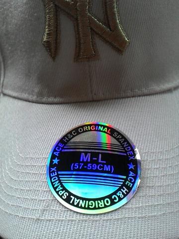 Terjual topi oakley original baru new york original  843f0c5bba