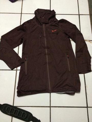 jaket nike waterproof hoody, merah marun, original 100% made in indonesia, BU !!!