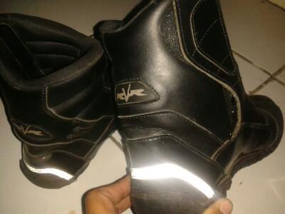 dijual sepatu motorcross raver size 42