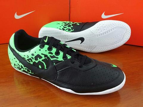 Terjual Sepatu Futsal Nike Elastico II Bnib Original Gan  0d87786e6e
