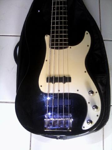 bass squier precesion special standart series mii