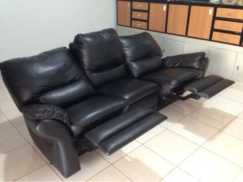 sofa mewah 3 seater