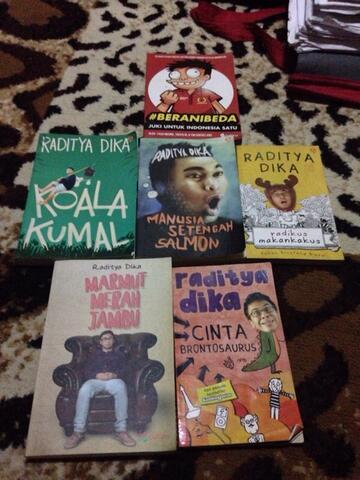 Dijual koleksi novel Raditya Dika murah