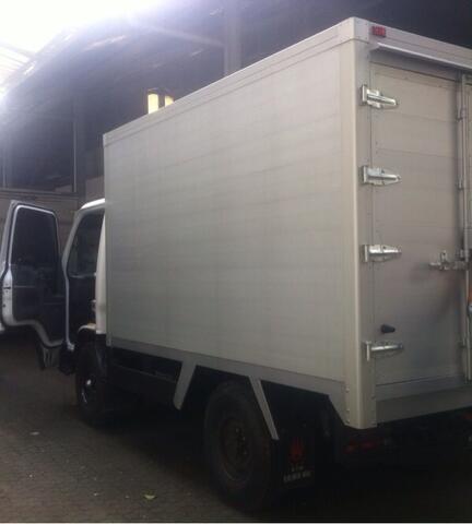 Isuzu NKR Box alumunium