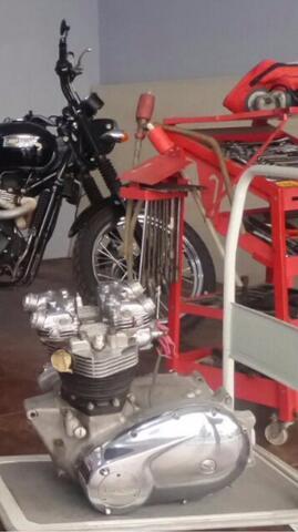 Mesin Moge Triumph T100S Bonneville 650 cc tahun 74