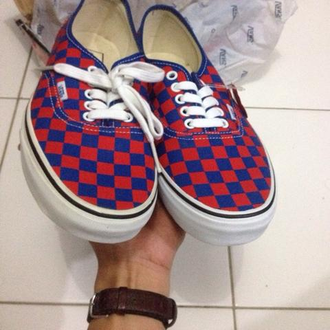JUAL CEPATTTTTT!!!!!!.... VANS AUTHENTIC CHECKERED