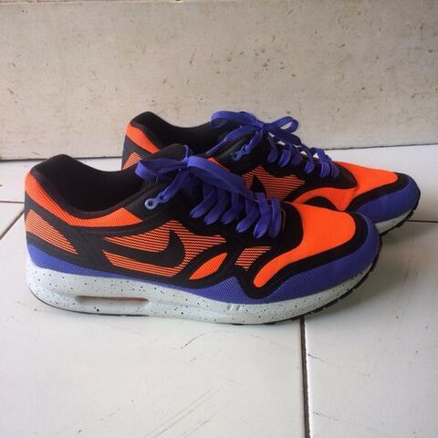 TERJUAL Nike Air Max Lunar 1 BR hyper crimson