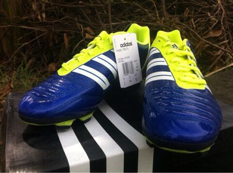 Sepatu Bola Adidas Predito TRX FG David Beckham blue-electric Original, V23627