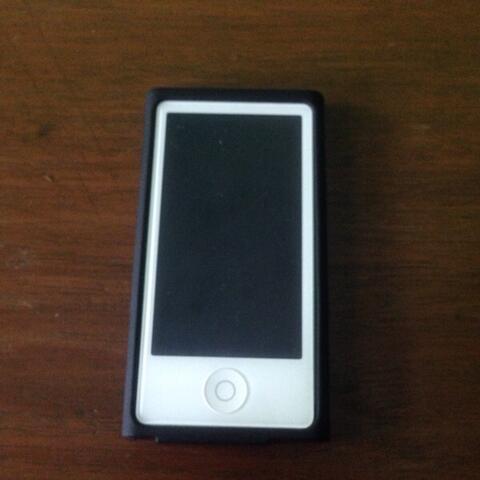 WTS iPod Nano 7 16gb ( mp3 , bukan samsung, fiio, dll )