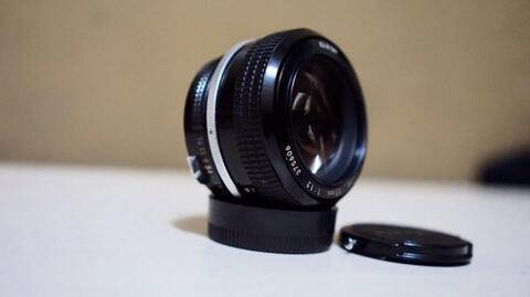 Jual cepat dan murah lensa manual nikon 55 f1.2