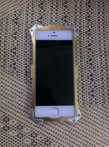 CASE IPHONE 5/5s/SE. SIMON THOR METAL ALUMINUM 100% ORI GAN!!!