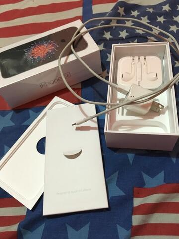Dijual iPhone SE 16GB Silver Grey Second