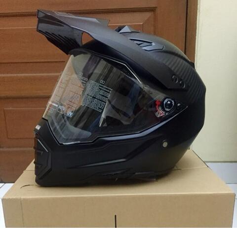Helm AGV AX-8 Dual Carbon