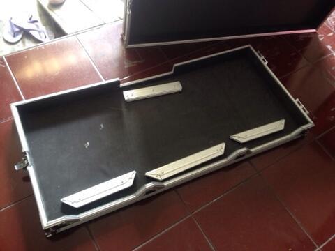 ++case245 flightcase custom dj controller pioneer, nexus, traktor