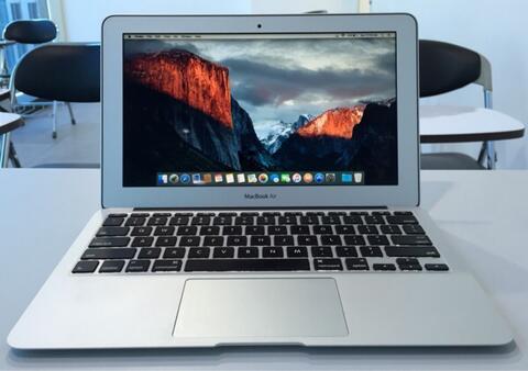 MacBook Air 11 inch Core i5