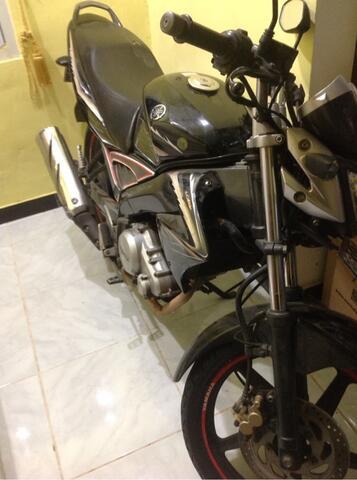 jual cepat dan murah sepeda motor yamaha vixion 2010