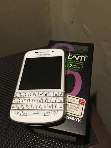 blackberry q10 putih surabaya mulusss