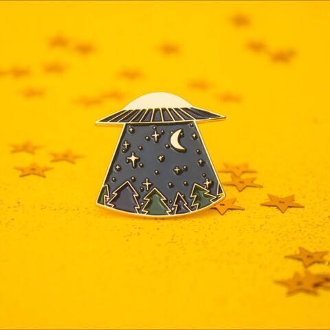 Enamel / Lapel UFO Pin