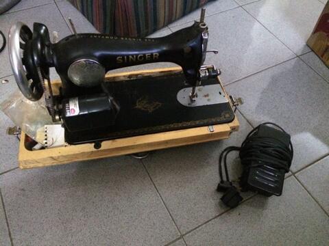 Mesin Jahit Listrik Antik Portable