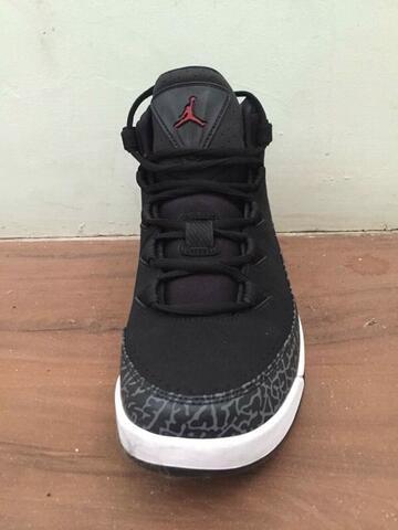 Terjual  Original  Sepatu Nike Air Jordan Air Deluxe  dcee8cb3c7
