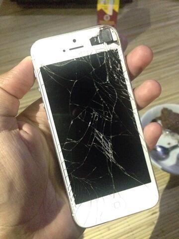 IPHONE 5 WHITE 16GB LCD PECAH MURAH